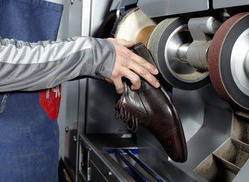 Мастерская по ремонту обуви / 22 года работы