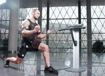 Сеть фитнес центров в разных районах города