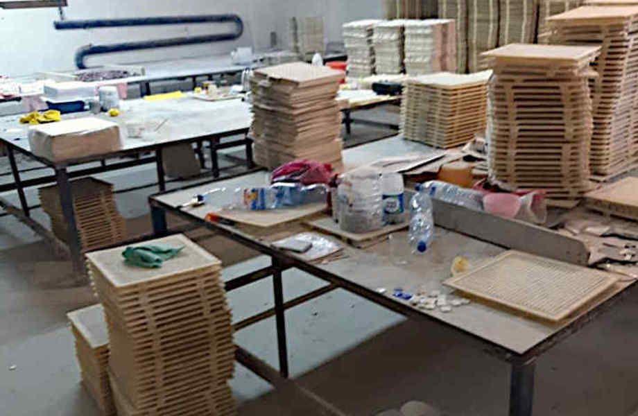 Действующий завод мозаичной плитки