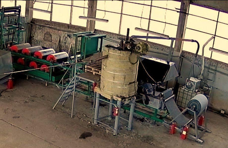 Готовое производство рулонной кровли с переработкой (с землей)
