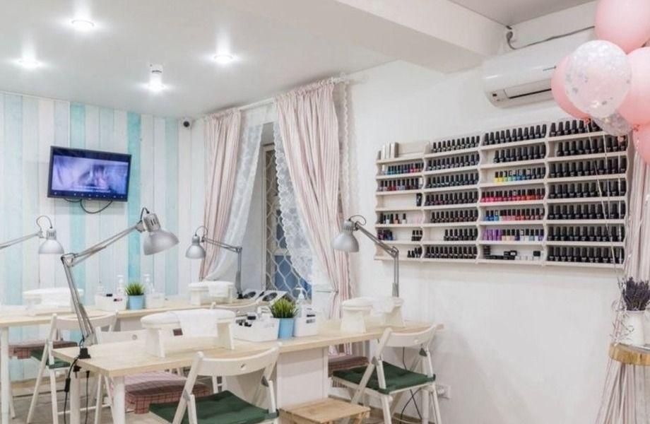Салон ногтевого сервиса Dolly nails с многолетней историей.
