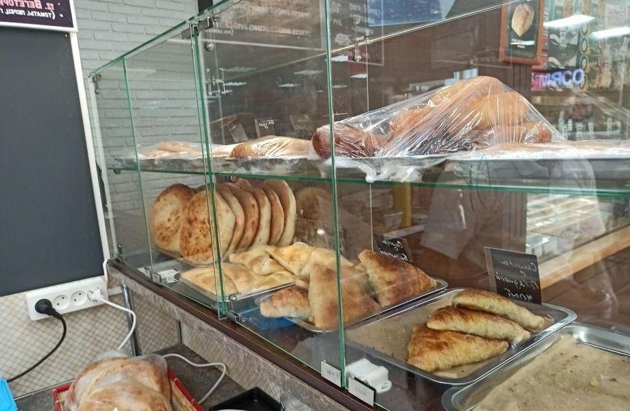 Шаурма-пекарня (полный цикл) в спальном районе и доставкой