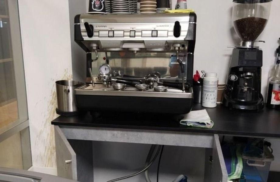 Действующая кофейня в бизнес центре