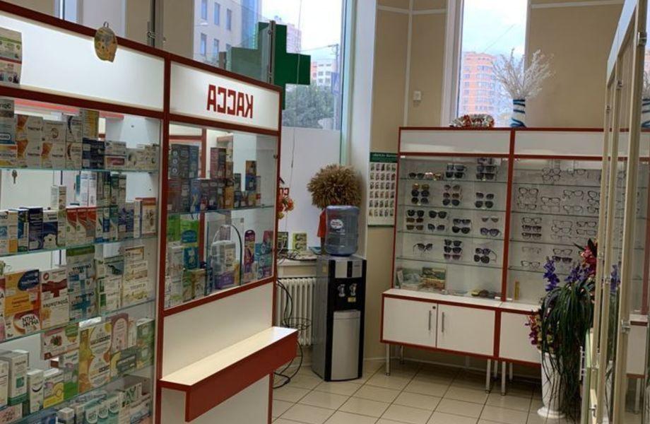 Аптека популярной франшизы на востоке Москвы.