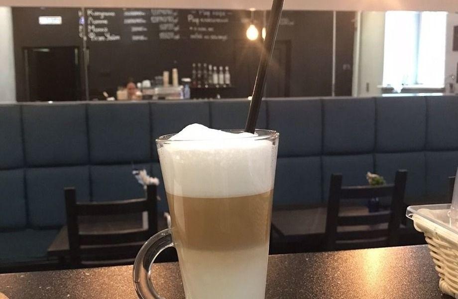 Уютная кофейня на Мосфильмовской (без конкурентов)