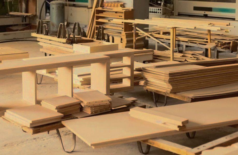 Фабрика мебели с землей