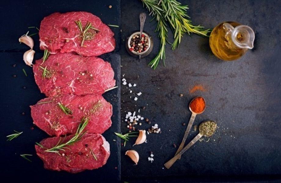 Отдел мяса на фермерском рынке