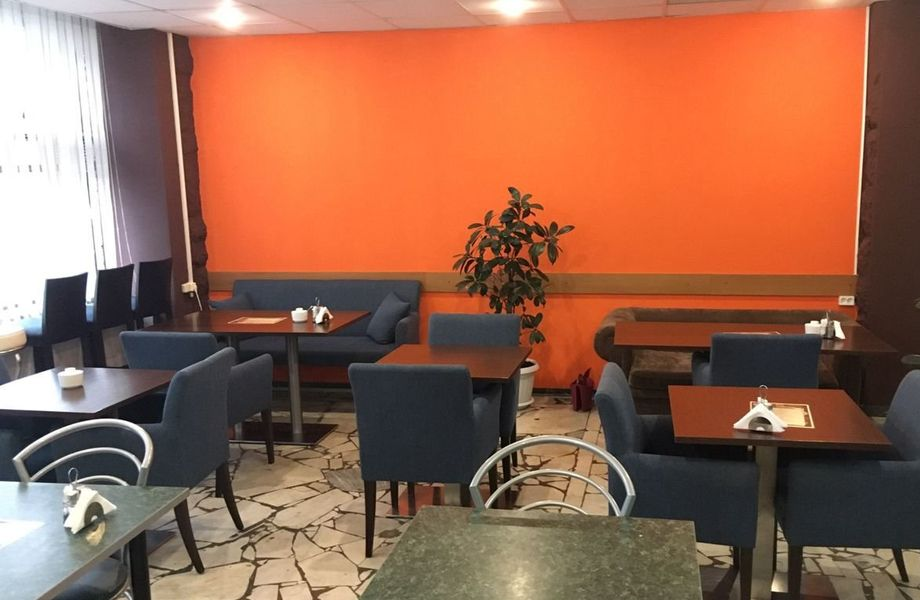 Кофейня в бизнес-центре с полной кухней