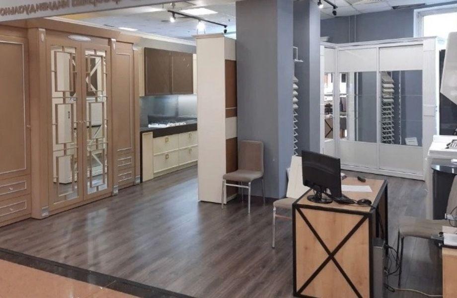 Магазин по продаже корпусной мебели с прибылью 200 тыс. руб.