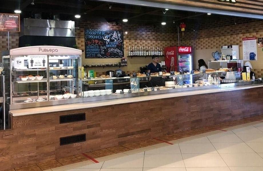 Кафе столовая в торговом центре
