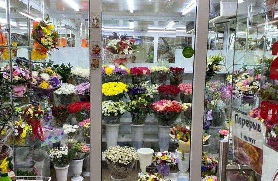 Цветочный магазин в ТЦ (возле метро) 24/7