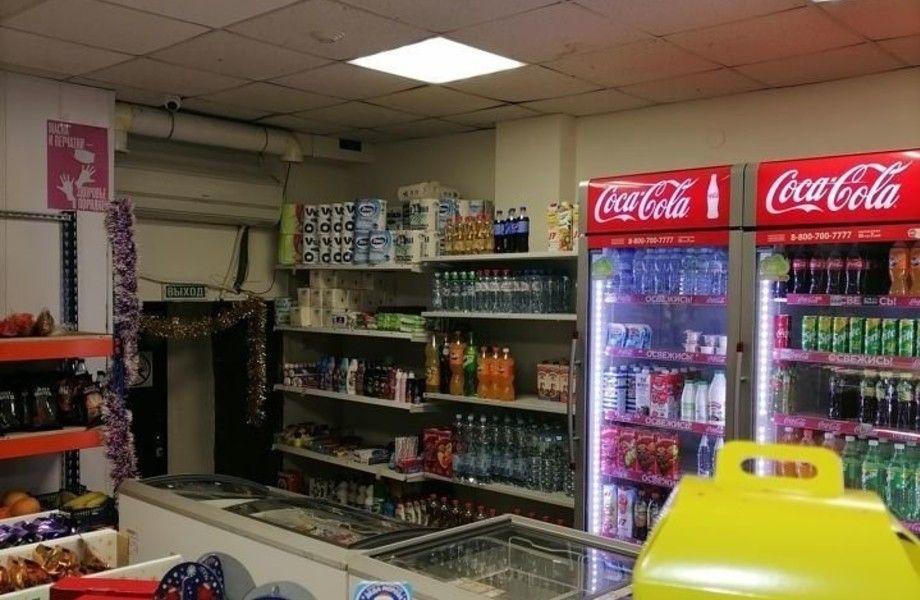 Продуктовый магазин на Олимпийском проспекте