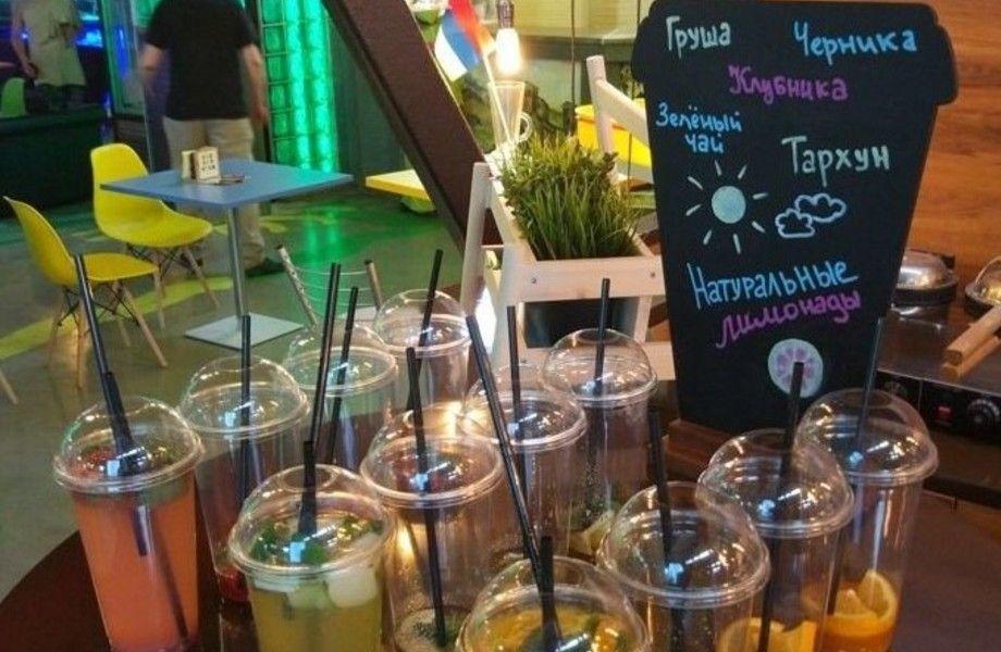 Кофейня-кондитерская на фуд-корте с авторским меню