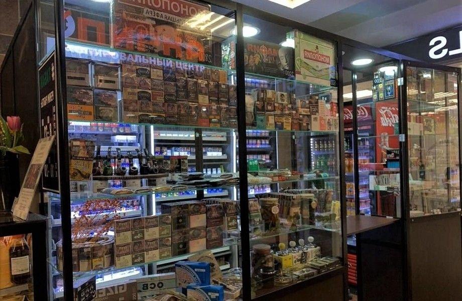 Табачный магазин рядом с метро