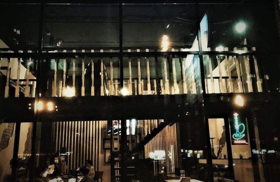 Лаундж бар - кальянная с панорамными окнами