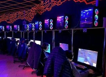 Компьютерный клуб с прибылью от 150 тыс. рублей