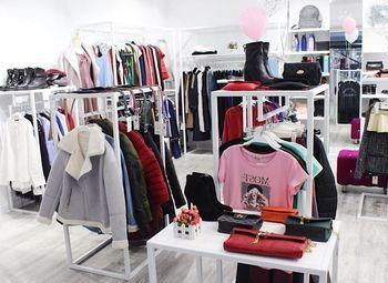 Шоу-рум женской одежды (3 года работы) / Топ локация