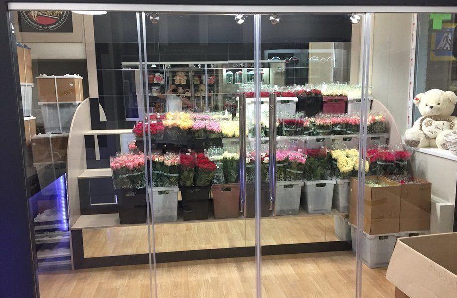 Готовый бизнес. Цветочный магазин у Елизаровской