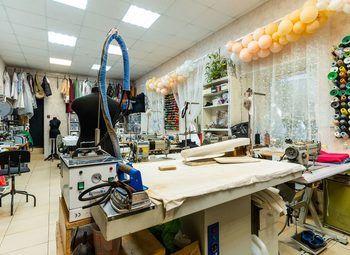 Ателье по пошиву и ремонту одежды. Работает 10 лет
