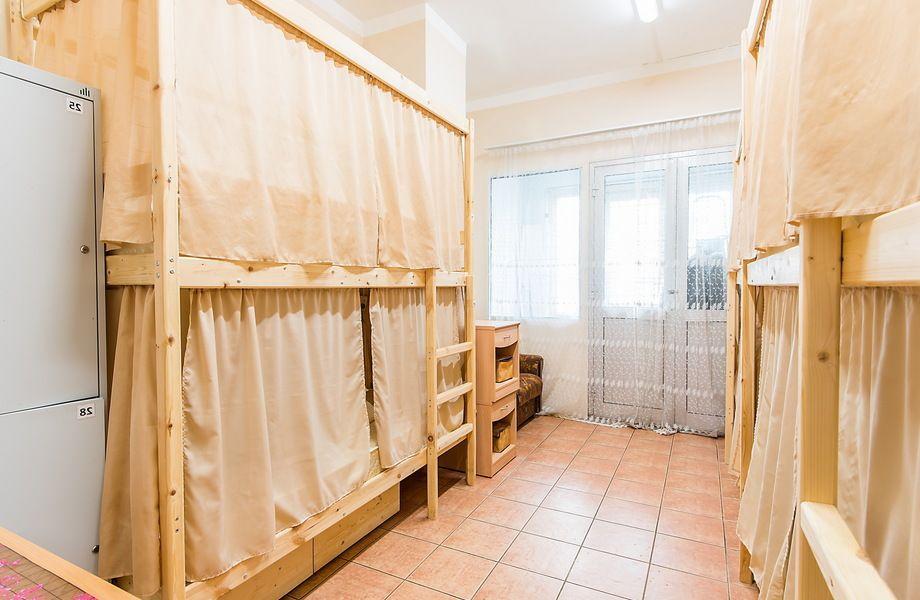 Хостел с 30 спальными местами / Бизнесу 6 лет