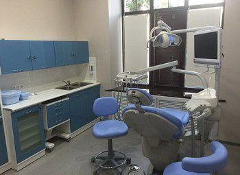 Стоматология на 5 кресел с рентген-кабинетом