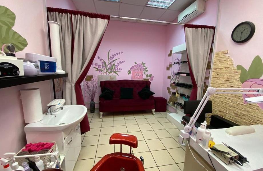 Салон красоты с низкой арендой / 4 года успешной работы