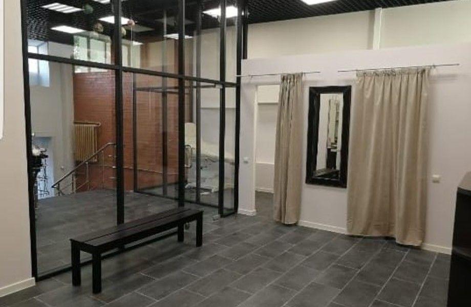 Салон красоты на Кольцевой с низкой арендной ставкой