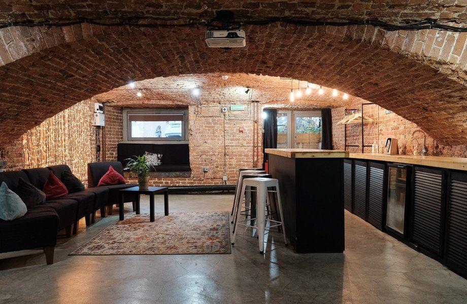 Ночной клуб/лофт-пространство с высокой прибылью