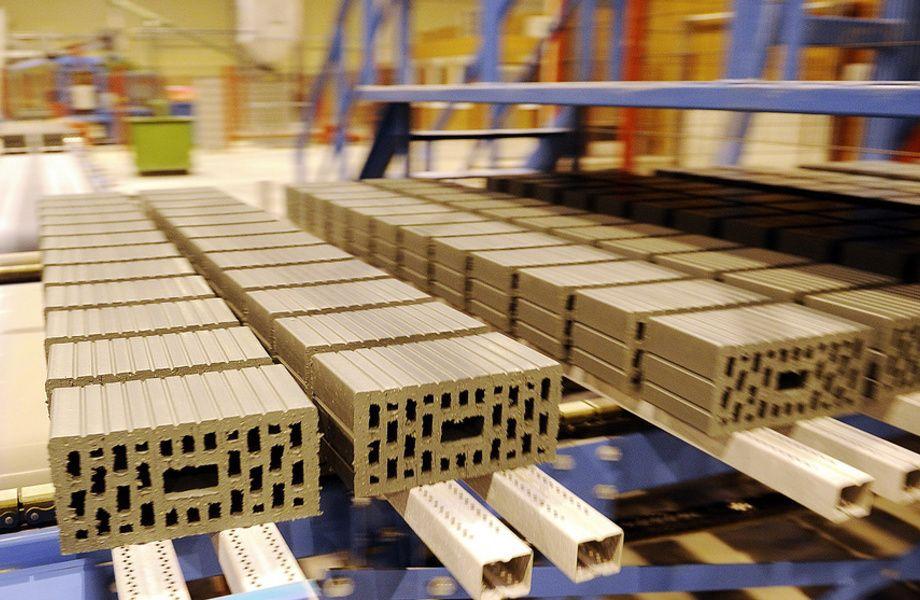 Производство отделочных материалов (доход 2 млн)