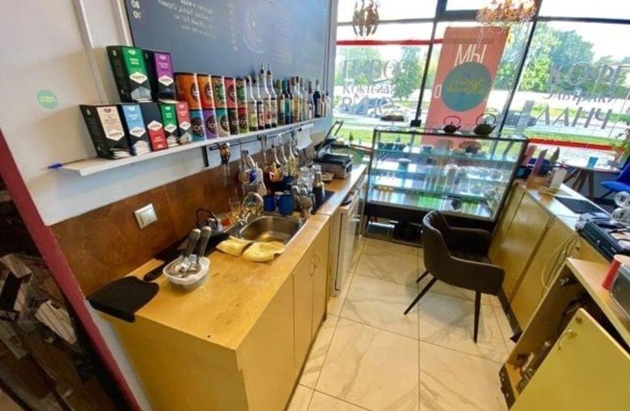 Готовая кoфeйня в жилом комплексе с лицензией на алкоголь