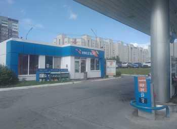 АЗС действующая в СПб с огромным автомобильным трафиком