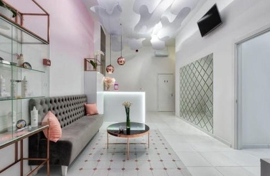 Салон красоты с ЧП от 160 000 инстаграм с более 60 000 подписчиков