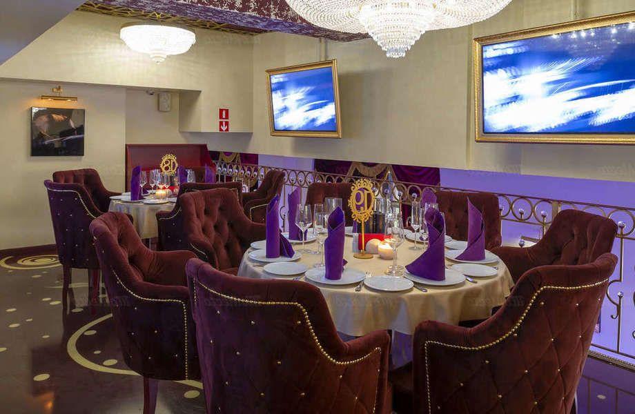 Ресторан с караоке, изысканным интерьером и большим потенциалом