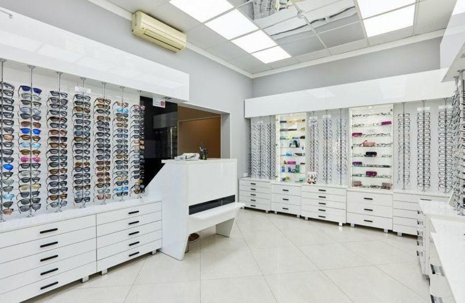 Сеть салонов оптики из 3 магазинов