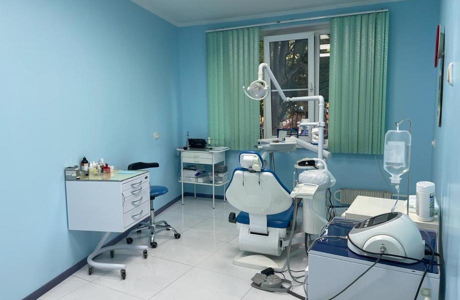 Стоматология на 3 кабинета в собственность