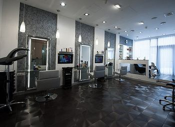 Салон красоты в центре с Luxury ремонтом