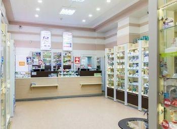 Аптека в торговых рядах с высокой проходимостью