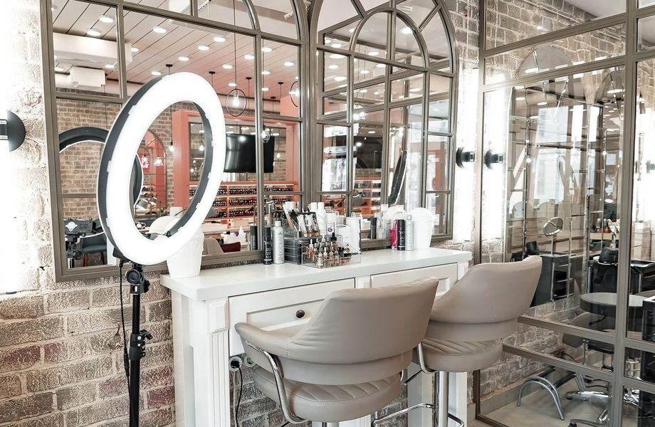 Прибыльный салон красоты в ЦАО по наращиванию волос