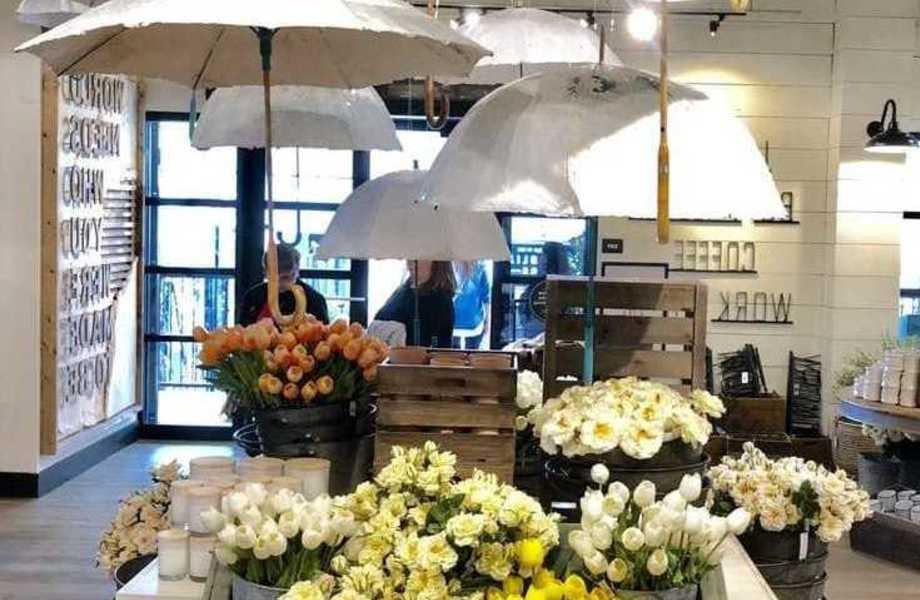 Цветочный магазин премиум класса с отдельным входом