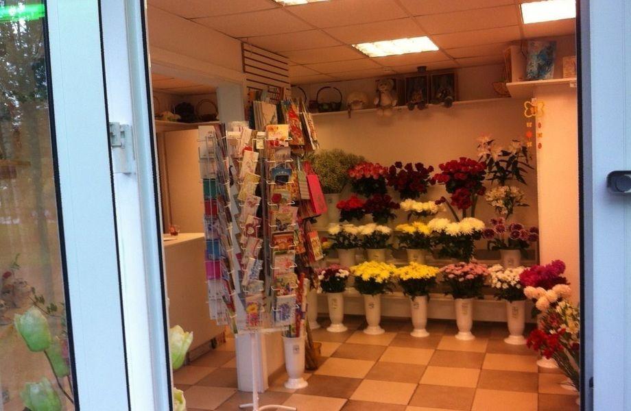 Продается цветочный магазин перед сезоном высоких продаж
