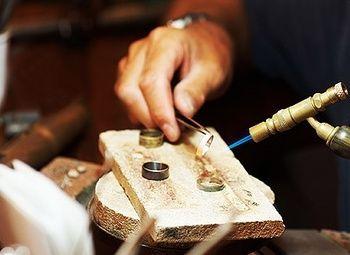 Ювелирная, часовая мастерская с изготовлением ключей
