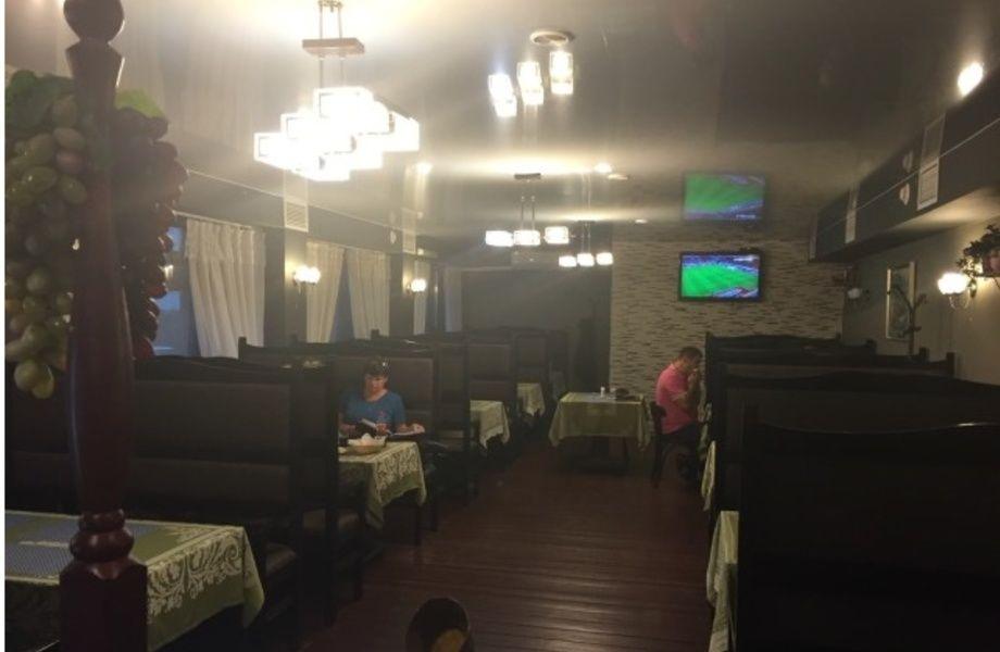 Кафе кавказской кухни в проходимом месте